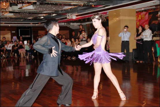 dance,performing arts,entertainment,dancesport,dancer