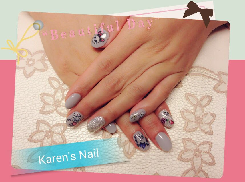 e a Karen's Nail,nail,finger,hand,nail care,manicure