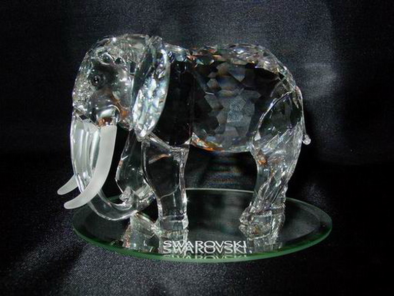 elephants and mammoths,crystal,mineral,organism,figurine