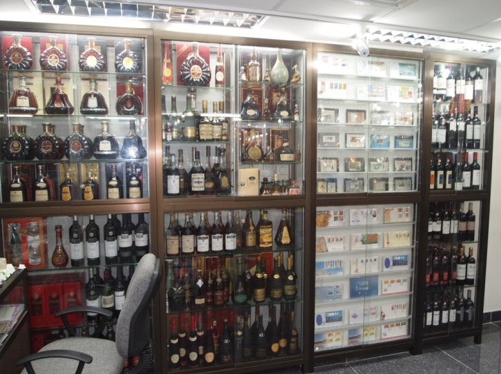 liquor store,retail,product,product,