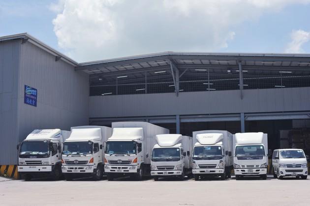 中港貨櫃及噸車貨運、散貨倉交收運輸、貨倉租賃、集裝箱(CFS)、貨櫃拆轉、供應商管理、冷凍貨運及船運訂倉等