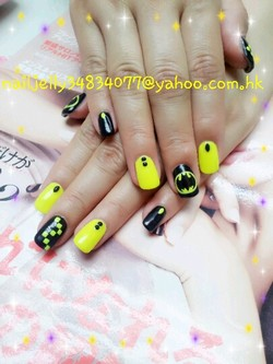 834011@yahoo,coma,nail,finger,hand,nail care,manicure