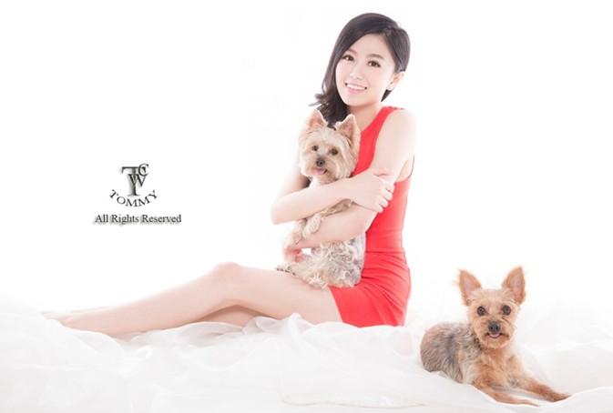 下 OMN All Rights Reserved,skin,dog,dog like mammal,girl,puppy love