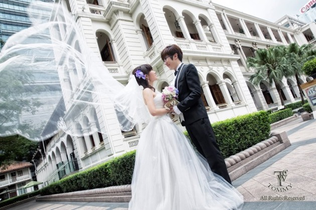 ed,wedding dress,gown,photograph,woman,bride