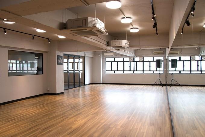 floor,room,function hall,flooring,structure