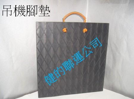 吊機腳墊,bag,product,handbag,product,font