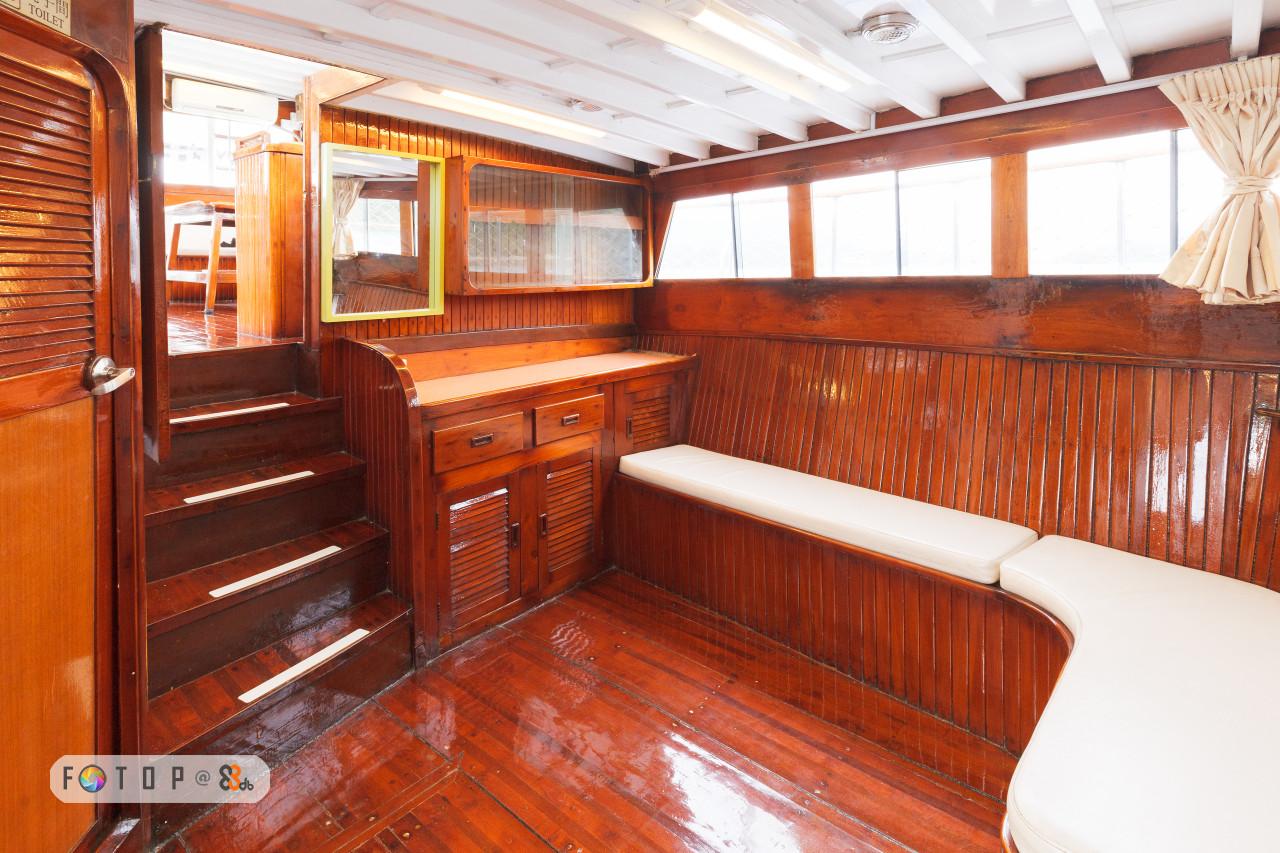 property,wood,real estate,cabin,furniture