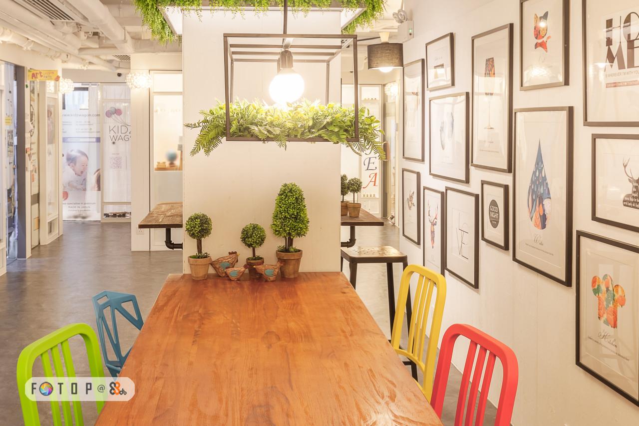 AT ww.kw KID WAG,interior design,floor,flooring,exhibition,real estate