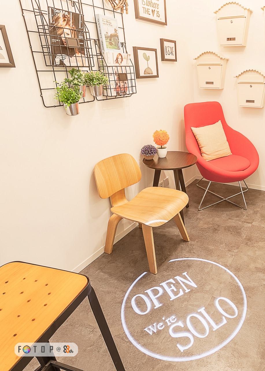 THE OPEN FG) T O P @2%, We re SOLO,furniture,chair,table,yellow,floor