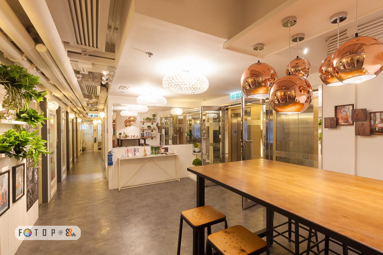 h2 0i02 010,interior design,lobby,ceiling,real estate,