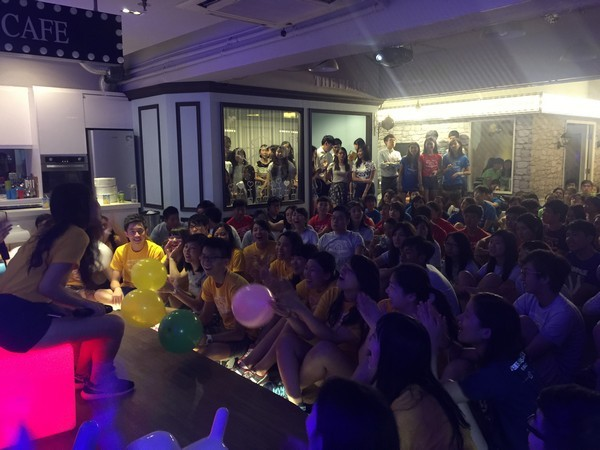 CAFE,crowd,audience,event,disco,