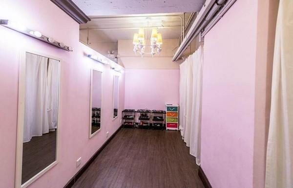 property,room,ceiling,interior design,floor