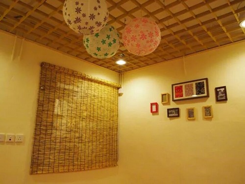 ceiling,property,wall,lighting,interior design