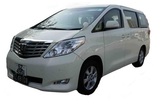 car,vehicle,motor vehicle,minivan,transport