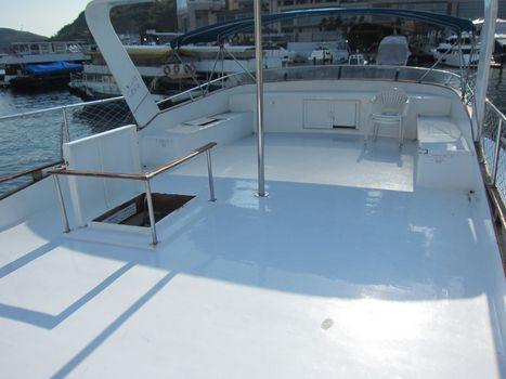 boat,yacht,deck,watercraft,vehicle