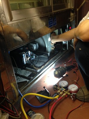 welder,technology,electronics,electronic device,service
