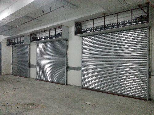 property,garage door,building,door,real estate
