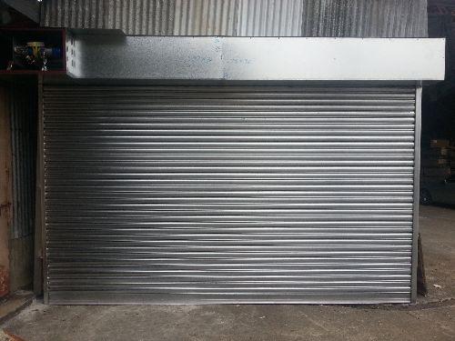 garage door,garage,door,building,gate