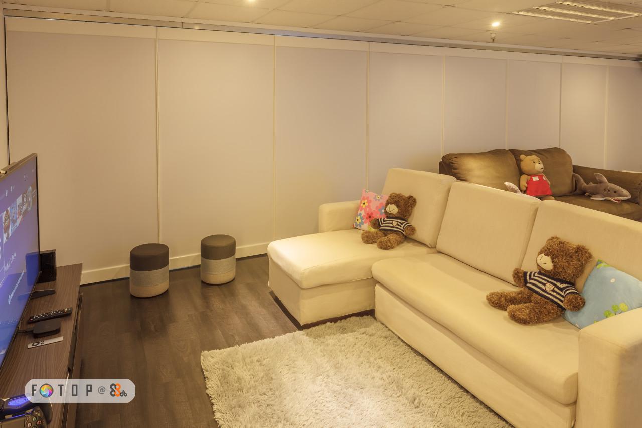 FTO P@ e o,room,property,interior design,real estate,ceiling