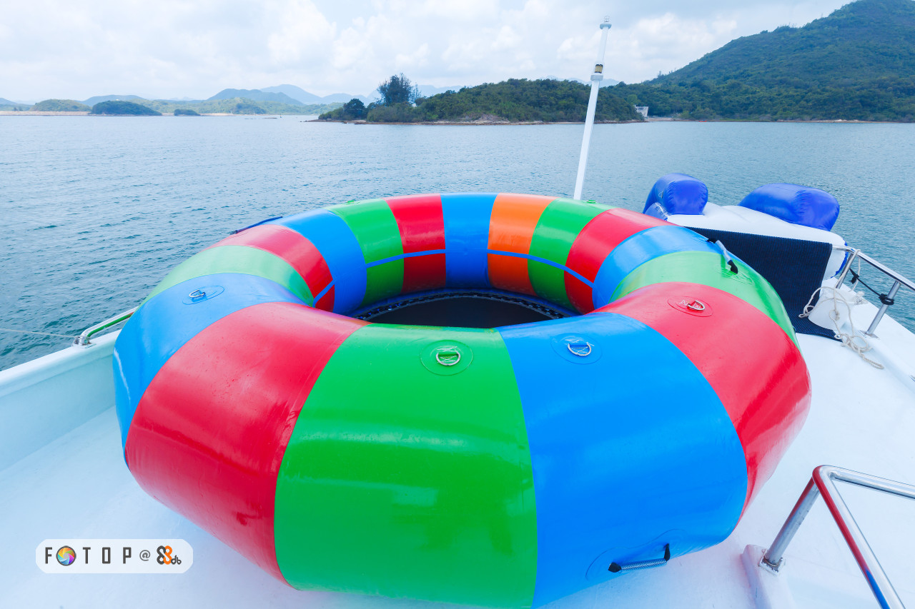 inflatable,water transportation,leisure,boat,personal protective equipment