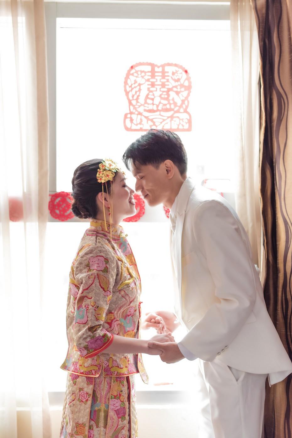 woman,pink,kimono,gown,ceremony