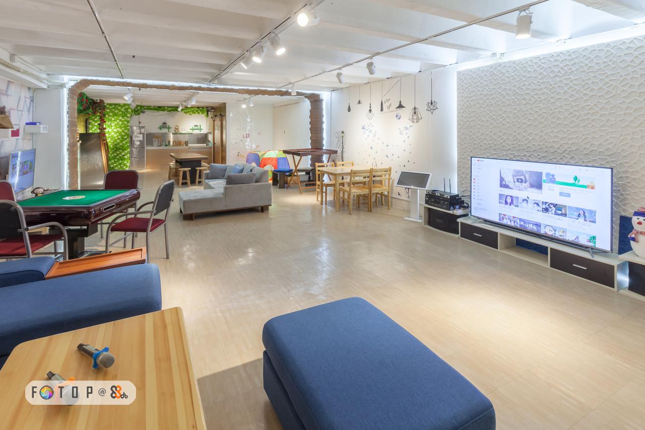 room,interior design,real estate,lobby,floor