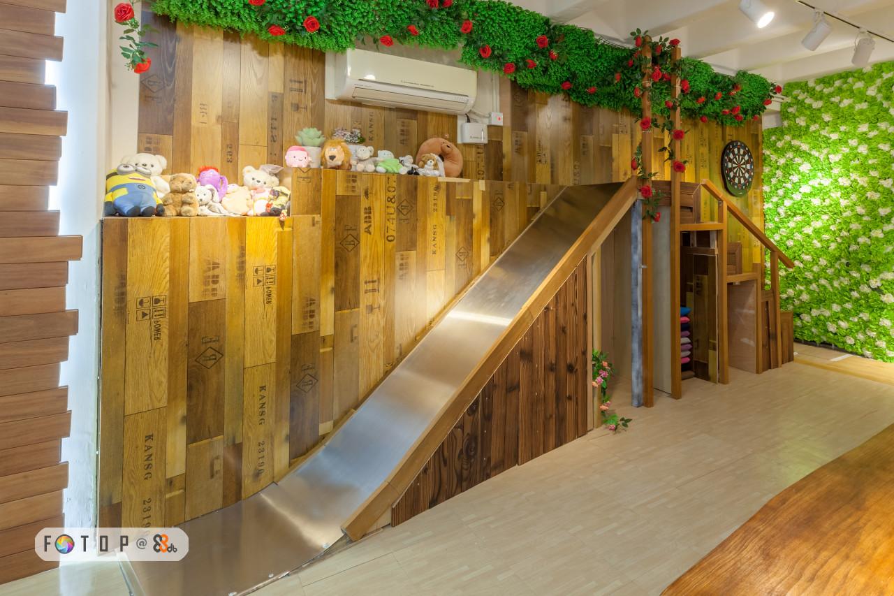 KANSG 2311,stairs,wood,interior design,