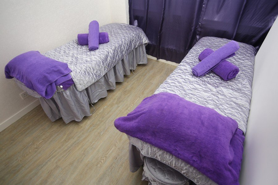 purple,bedroom,room,bed sheet,furniture