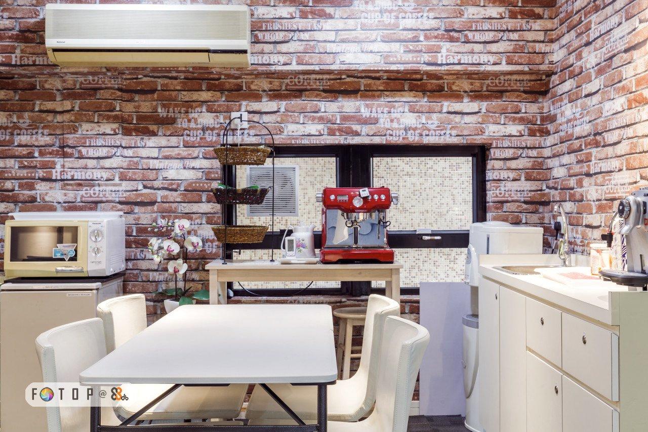 wall,interior design,brick,flooring,