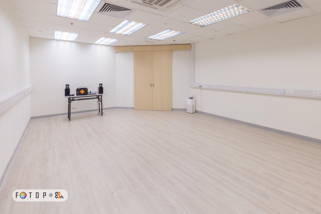 floor,property,flooring,laminate flooring,wood flooring
