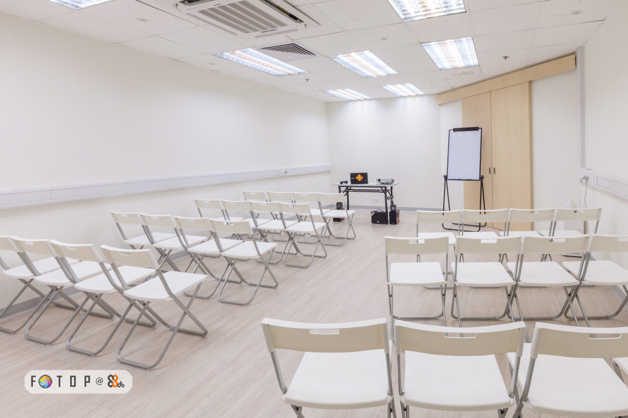 table,conference hall,furniture,function hall,classroom