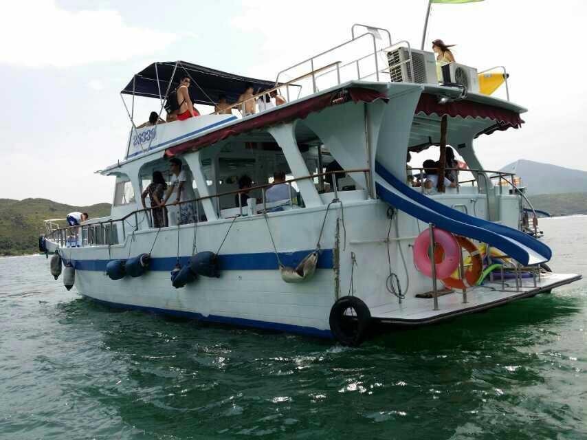 water transportation,boat,motor ship,watercraft,passenger ship