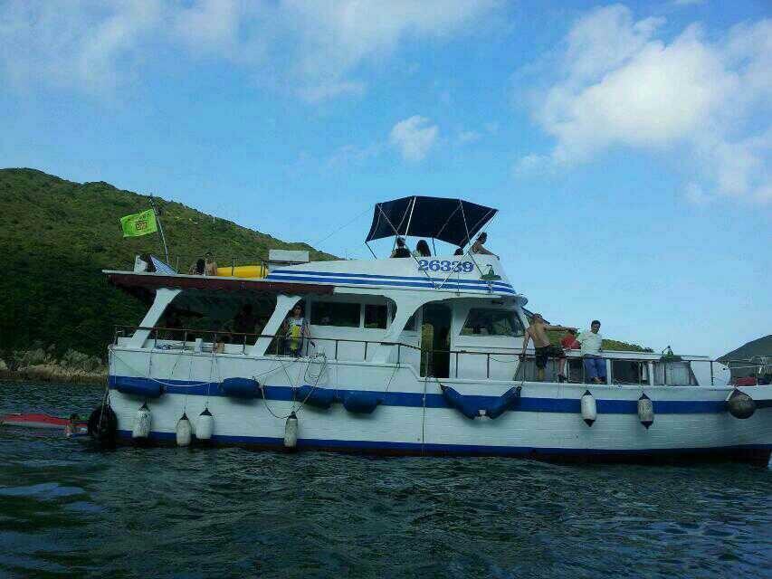 6339,waterway,boat,water transportation,motor ship,watercraft