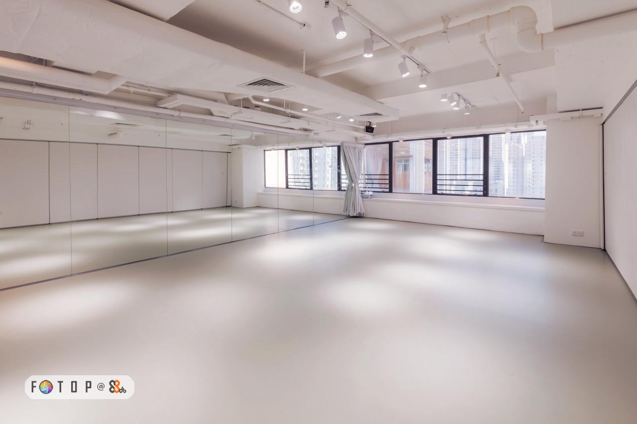 FOT O P@8,property,floor,real estate,flooring,ceiling