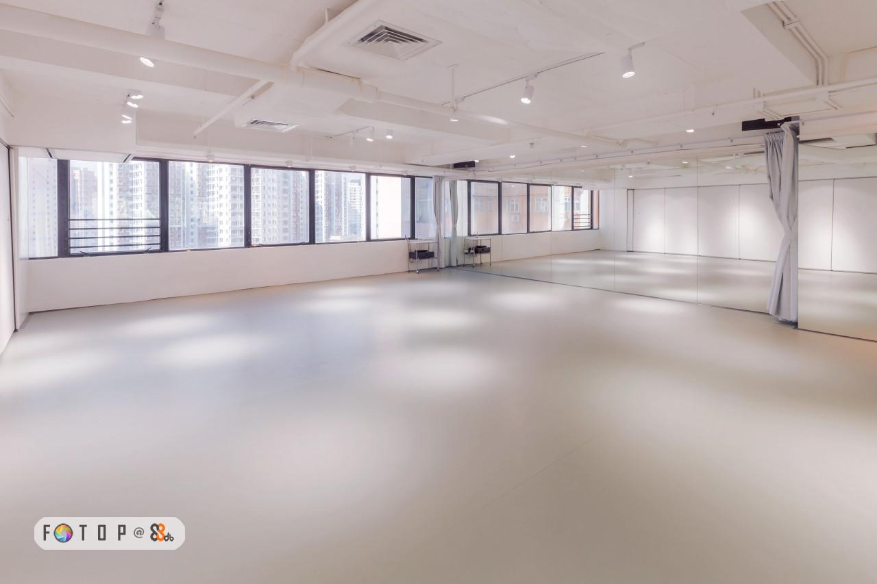 FOT O P @ &,property,floor,flooring,ceiling,real estate