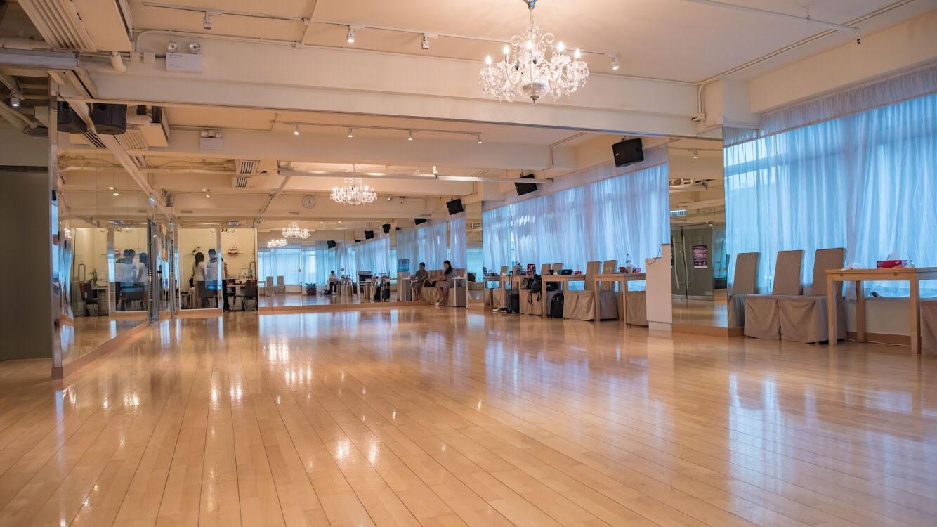 function hall,floor,ballroom,flooring,leisure centre
