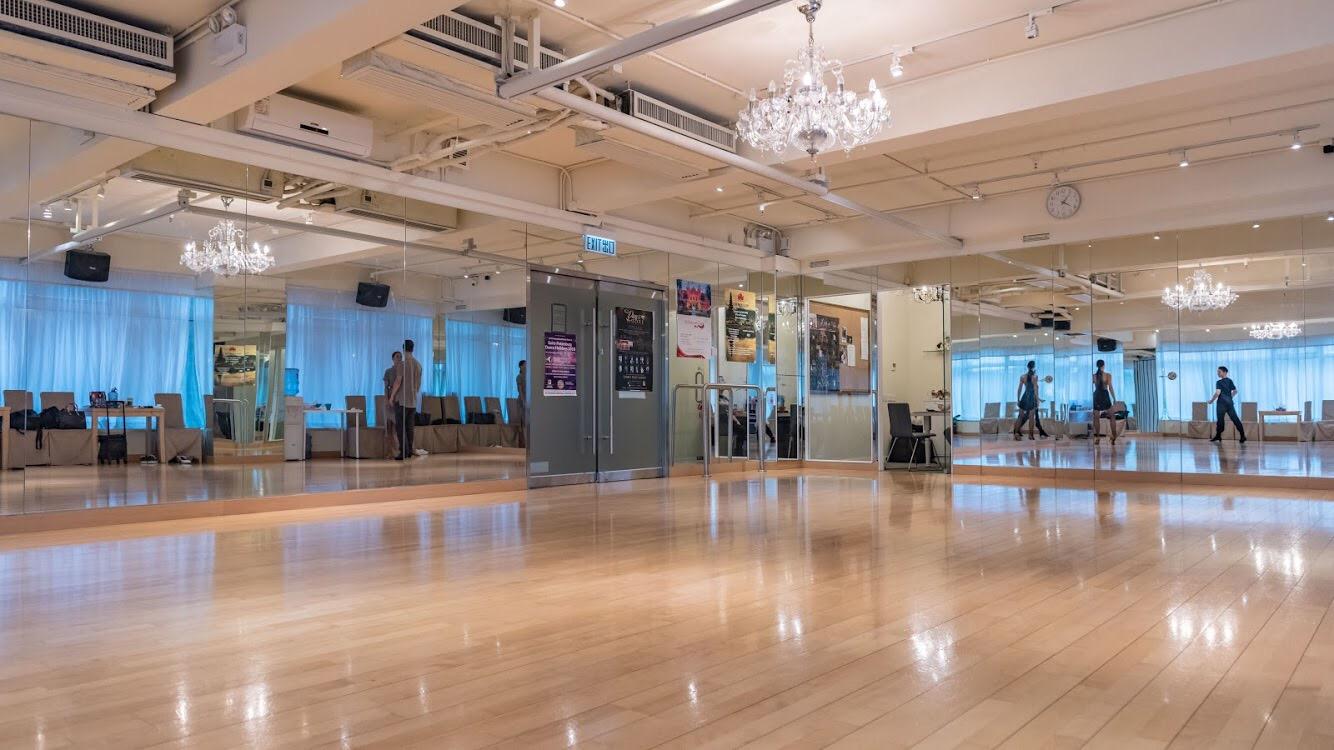 function hall,floor,lobby,ballroom,flooring