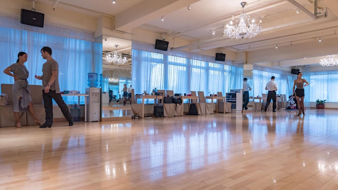 function hall,flooring,ballroom,floor
