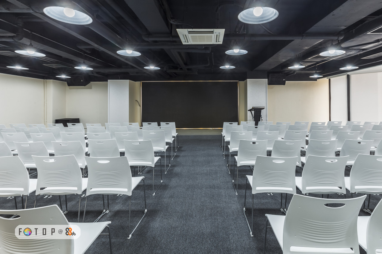 Auditorium,Building,Function hall,Folding chair,Room