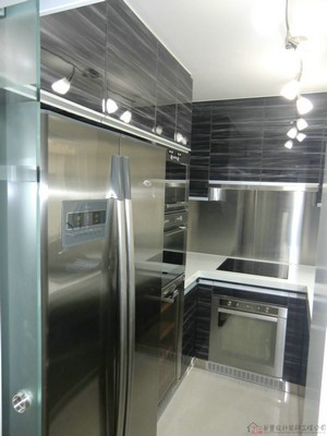 Property,Major appliance,Room,Home appliance,Refrigerator
