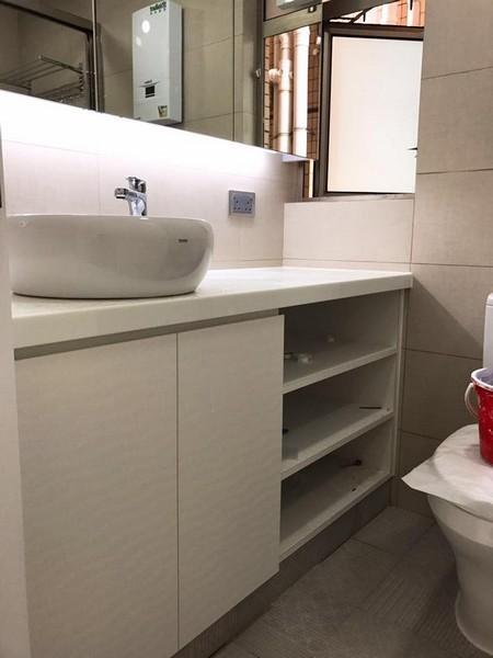 sink,bathroom accessory,bathroom,product,plumbing fixture