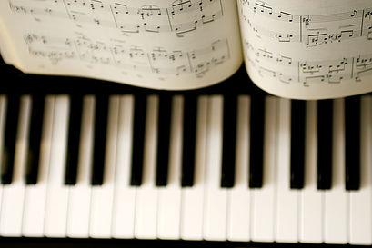 piano,musical instrument,keyboard,musical keyboard,music