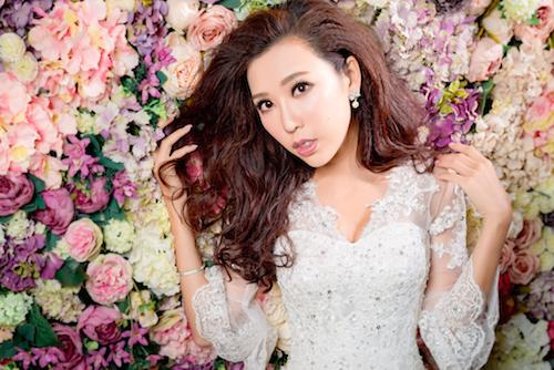 flower,bride,pink,woman,flower arranging