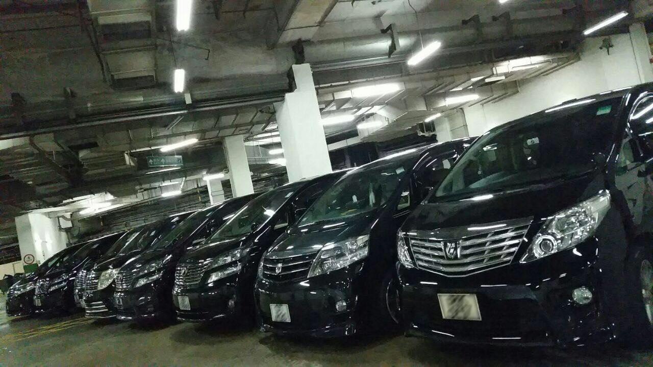 motor vehicle,car,vehicle,transport,mode of transport